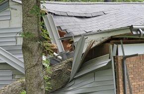 CosmosDirekt: Keller überflutet: Welche Versicherung hilft? (FOTO)