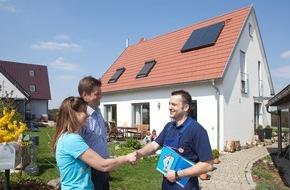 VdZ - Forum für Energieeffizienz in der Gebäudetechnik e.V.: Ab sofort strengere Regeln beim Hausbau