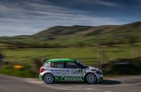 """Skoda Auto Deutschland GmbH: Frohe Ostern: SKODA feiert Doppelsieg bei  der """"Circuit of Ireland Rally"""""""