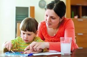 Caritas Schweiz / Caritas Suisse: Caritas Suisse se penche sur les réalités quotidiennes des familles monoparentales / Garantir les moyens de subsistance et l'égalité des chances