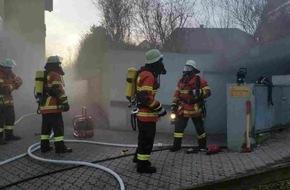 Kreisfeuerwehrverband Calw e.V.: FW-CW: Mülltonnen brennen in Tiefgarage
