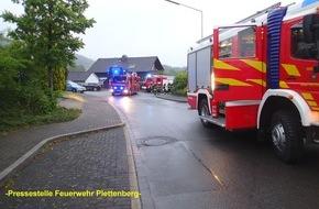 Feuerwehr Plettenberg: FW-PL: OT- Holthausen. Kellerbrand mit glimpflichem Ausgang für die Bewohner.