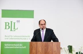 BLL - Bund für Lebensmittelrecht und Lebensmittelkunde e.V.: BLL-Neujahrsempfang: Bundesminister Schmidt spricht sich für praktikable Lebensmittelpolitik aus