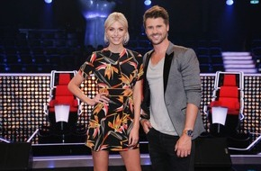 "The Voice of Germany: Never change a winning team: Lena Gercke und Thore Schölermann moderieren ""The Voice of Germany"" 2016"