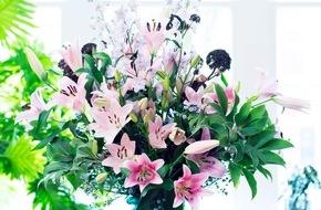 Blumenbüro: Bedeutungsvolle Blütenschönheit / Gestatten, Ihre blumige Majestät die Lilie