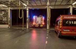 Feuerwehr Dorsten: FW-Dorsten: Brand eines Müllcontainers sorgte in der Nacht für einen Stromausfall in Barkenberg