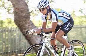 """alltours flugreisen gmbh: alltours veranstaltet für Hobbyfahrer und Profis die """"1. Rad-All-Tour Mallorca"""" / allsun Hotels mit immer mehr Bike-Stationen in spanischen Radsportparadiesen"""
