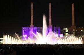 Autostadt GmbH: Neuer Besucherrekord bei der größten mobilen Wassershow der Welt
