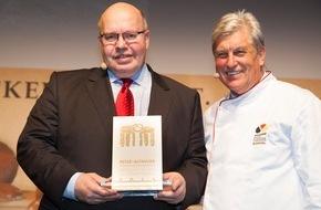Zentralverband des Deutschen Bäckerhandwerks e.V.: Bundesminister Peter Altmaier wird Botschafter des Deutschen Brotes 2015 / Das Deutsche Bäckerhandwerk feiert den 3. Tag des Deutschen Brotes mit über 300 Gästen in Berlin