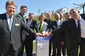 RWE Deutschland AG: Rheinland-Pfalz: Intelligentes Stromnetz steuert und überwacht Ortsversorgung in der Gemeinde Wincheringen / RWE nimmt Steuereinheit Smart Operator in Betrieb