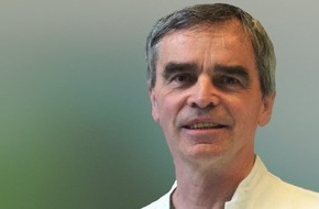 Asklepios Kliniken: Bundeskanzler a.D. Helmut Schmidt wird in der Asklepios Klinik St. Georg in Hamburg behandelt / Gefäßverschluss erfolgreich beseitigt