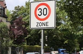 ADAC: Klares Votum gegen generelles Tempo 30 / 78 Prozent der ADAC Mitglieder gegen niedrigere Regelgeschwindigkeit / Unter anderem mehr Schleichverkehr in Wohngebieten befürchtet