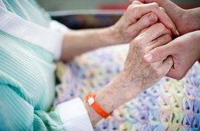 DVAG Deutsche Vermögensberatung AG: Tag der Pflege: Für den Ernstfall richtig vorsorgen / Hohe Pflegekosten im Alter zehren schnell an Rente und Vermögen / Die DVAG zeigt, wie zusätzliche private Vorsorge vor Kostenfallen schützen kann