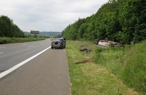 Polizeipräsidium Trier: POL-PPTR: Verfolgungsfahrt mit hohem Sachschaden und drei leichtverletzten Personen