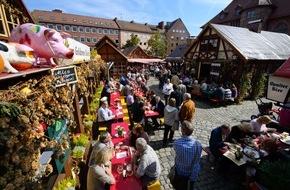 Congress- und Tourismus-Zentrale Nürnberg: Die Altstadt feiert, und Gäste sind willkommen
