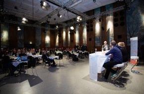 APA-OTS Originaltext-Service GmbH: Experten: �Neue Medienkonzepte für die Generation whY�