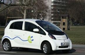 """Greenpeace Energy eG: Elektroautos im CarSharing jetzt auch in Köln / Der Anbieter cambio und die Energie-Genossenschaft Greenpeace Energy erweitern das Pilotprojekt """"CarSharing mit echtem Ökostrom"""" (mit Bild)"""