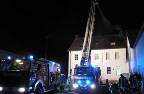 Feuerwehr Arnsberg: FW-AR: Rauch im Keller entpuppt sich als Rußbrand im Schornstein