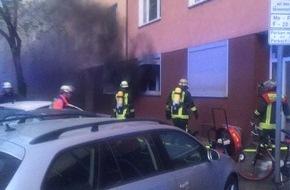 Feuerwehr Düsseldorf: FW-D: Bild zum Brand Scheurenstraße von heute Morgen