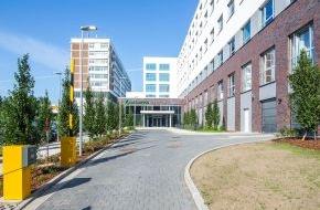 Asklepios Kliniken: Asklepios Klinikum Harburg eröffnet großen Neubau / 50-Mio-Euro-Projekt: Neue Zentrale Notaufnahme, Hybrid-OP, Herzkatheterlabore, CT, moderne Intensivstationen und mehr Komfort für die Patienten