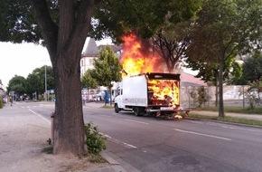 LKW brennt beim tanken