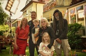 NDR / Das Erste: Drehstart für ARD Degeto / NDR-Familienkomödie mit Silke Bodenbender und Tom Wlaschiha