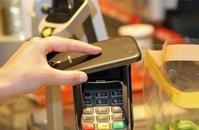REWE Markt GmbH: REWE bietet deutschlandweit kontaktloses Zahlen mit NFC an (FOTO)