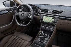 Skoda Auto Deutschland GmbH: Upgrade im neuen SKODA Superb: Raumangebot höherer Klassen im Innenraum