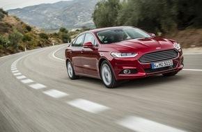 Ford-Werke GmbH: Ford glänzt auf dem Großkundenmarkt 2015 - Ford Mondeo-Flottenverkäufe legen gegenüber Vorjahr um 88 Prozent zu