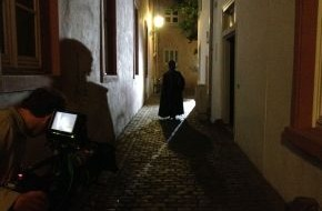 """SWR - Südwestrundfunk: Gutenberg geht auf Reisen SWR-Film über """"Man of the millenium"""" für das Gutenberg-Museum in sechs Fremdsprachen übersetzt / DVD zukünftig in allen Goethe-Instituten"""