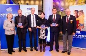 DLRG - Deutsche Lebens-Rettungs-Gesellschaft: NIVEA-Preis für Lebensretter 2012 in Hamburg verliehen /  Staatsministerin Prof. Dr. Maria Böhmer betont in ihrer Laudatio die Bedeutung von Zivilcourage und bürgerschaftlichem Engagement