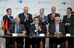 """Handelskammer Hamburg: """"EU und China brauchen einander mehr als je zuvor"""" / Chinas Ministerpräsident Li Keqiang zu Gast beim """"Hamburg Summit"""" in der Handelskammer"""