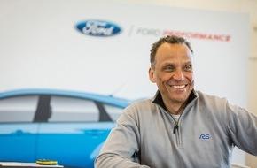 """Ford-Werke GmbH: Britische Fachzeitschrift Autocar kürt Ford Focus RS-Chefentwickler Tyrone Johnson zum """"Ingenieur des Jahres"""""""