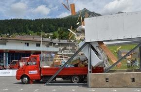 AXA Konzern AG: Crashtests 2015: Kleintransporter - Risiken mitgeliefert (FOTO)