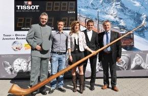 TISSOT S.A.: Tissot berührt den Top of Europe - Ein speziell gekennzeichneter Jungfraubahn-Zug auf dem Weg zu Europas höchster Bahnstation