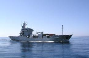 """Presse- und Informationszentrum Marine: Tender """"Main"""" bricht ins Mittelmeer auf"""