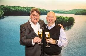 Krombacher Brauerei GmbH & Co.: Krombacher bleibt bis 2020 Exklusiv Partner des VfB Stuttgart (FOTO)