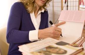 Mrs.Sporty GmbH: Mrs.Sporty handsigniert: Stefanie Graf auf Buchtour in Deutschland
