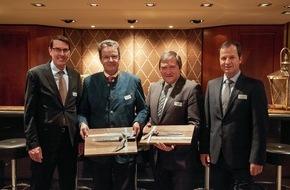 hotelleriesuisse: Les parlementaires élus meilleurs défenseurs du tourisme en 2015: le conseiller national Jakob Büchler (PDC) et le conseiller aux Etats Jean-René Fournier (PDC)