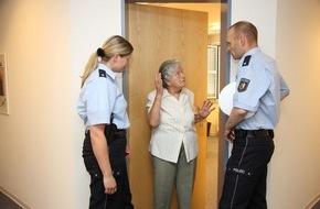 Polizeipressestelle Rhein-Erft-Kreis: POL-REK: Alte Menschen betrogen - Brühl
