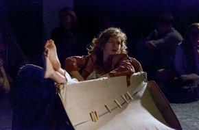 Migros-Genossenschafts-Bund Direktion Kultur und Soziales: PREMIO 2013: prix d'encouragement suisse pour les arts de la scène / Avec 25 000 francs, on peut poursuivre ses rêves