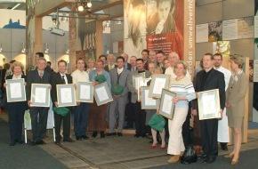 Bundesanstalt für Landwirtschaft und Ernährung: Sternstunde der Öko-Küche / Gewinner des BIO-STAR 2003 im Rahmen der INTERNORGA prämiert