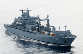 """Presse- und Informationszentrum Marine: Einsatzgruppenversorger """"Frankfurt am Main"""" verlässt Heimathafen Richtung Mittelmeer"""