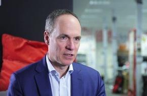 """""""In den digitalen Zukunftsindustrien hat Deutschland zu wenig zu melden"""" / Buchautor Christoph Keese im Video-Interview mit Porsche Consulting"""