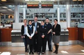 Materna GmbH: Hamburg Airport mit neuem Self-Service Angebot für Check-in und  Gepäckannahme am Automaten - Materna ips als Generalunternehmer verantwortlich