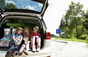ADAC: Deutschland erneut beliebtestes Ziel für Autourlauber / Mehr als 200.000 ADAC-Routenanfragen ausgewertet / Autofahrer legen rund 840 Kilometer auf der Reise in den Sommerurlaub zurück