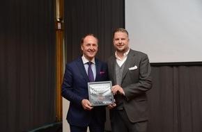 """Hapag-Lloyd Kreuzfahrten GmbH: EUROPA 2 mit dem """"Deutschen Kreuzfahrtpreis 2016"""" in der Kategorie """"Restaurant"""" ausgezeichnet"""
