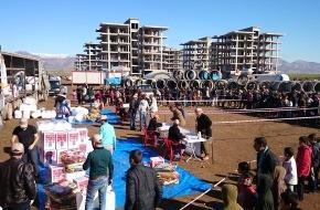 Fondation Terre des hommes: Irak - Terre des hommes verteilt Hilfsgüter an Vertriebene / Winterausrüstungen für 800 Familien auf der Flucht / Mehr als 2 Millionen intern Vertriebene im Irak