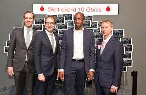 Vodafone GmbH: 5G: Vodafone präsentiert Turbo-Netz für den Digital-Minister (FOTO)