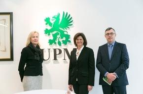 Deutsche Energie-Agentur GmbH (dena): Papierhersteller UPM unterstützt Energiewende in Bayern / Bayerns Wirtschafsministerin Aigner besucht Teilnehmer des dena-Pilotprojekts Demand Side Management Bayern